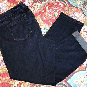 Torrid boyfriend dark denim Capri pants